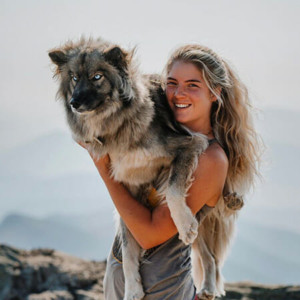 Blog author Molly Dombroski and her dog Summit