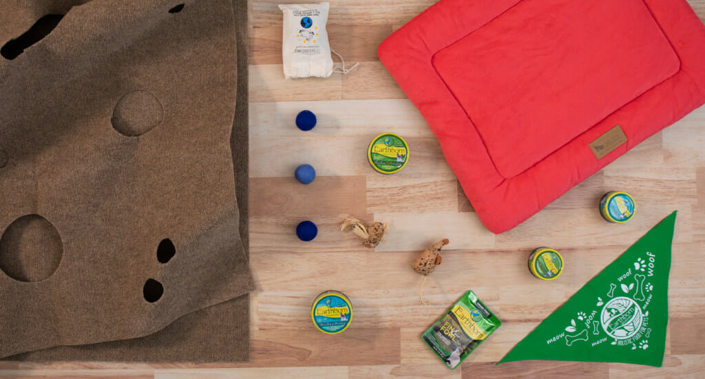 A variety of eco-friendly cat toys